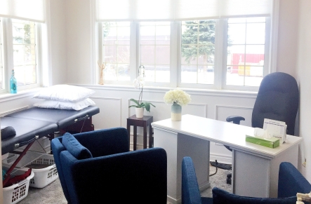Dr. Noelle de Dreu, Naturopathic doctor - New Office